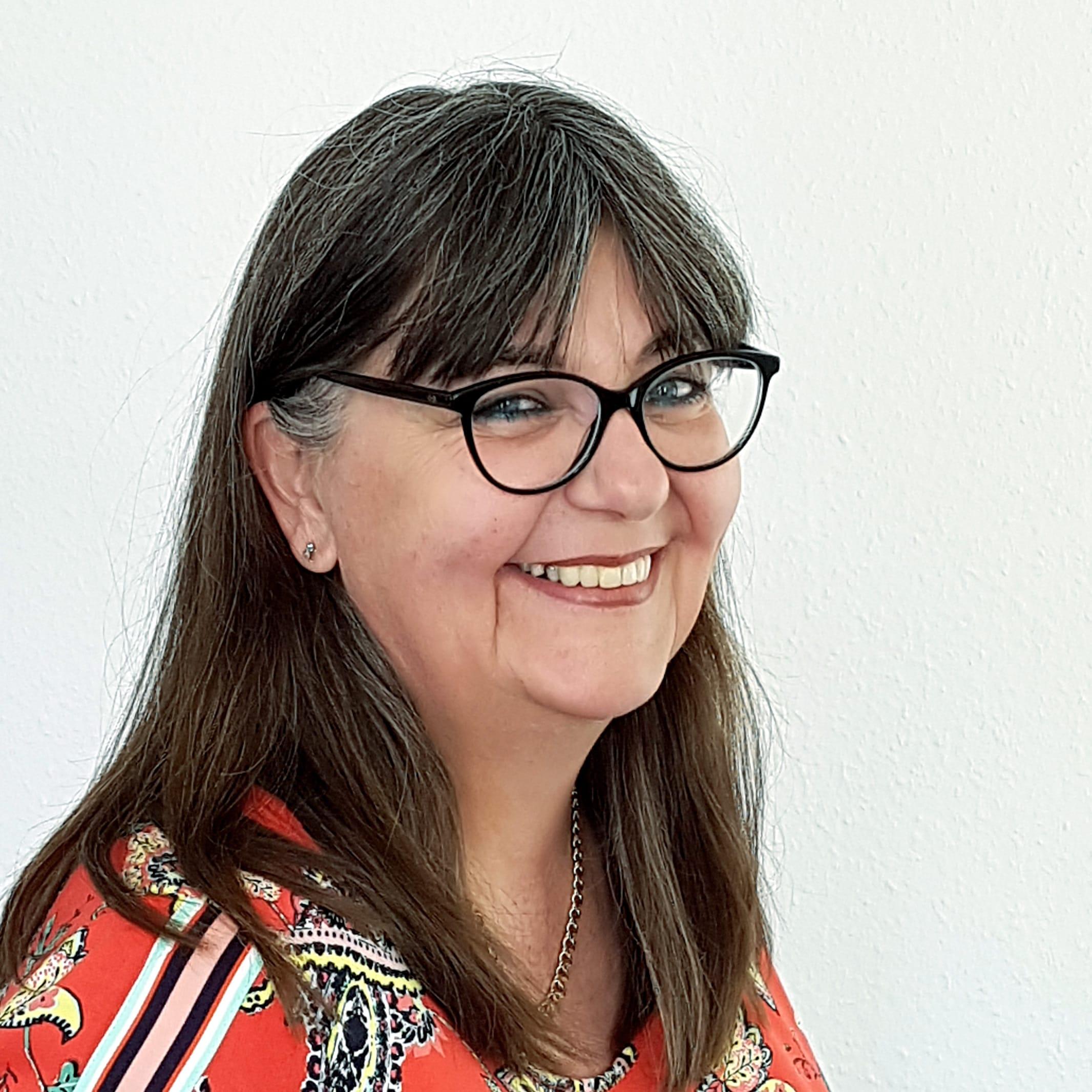 Frochte-Partner_Frau-Westhues_Portrait